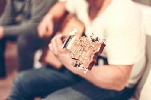 Gitarre lernen für anfänger in Wien 1020 Gitarre in wien